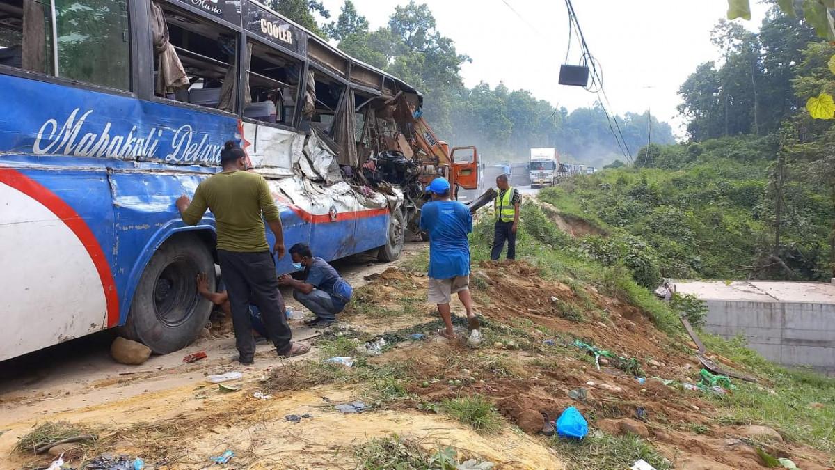 Gandakot Accident Update: 3 killed, 24 injured